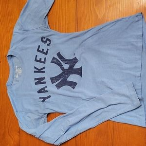 NY Yankees long sleeve blue fitted tee